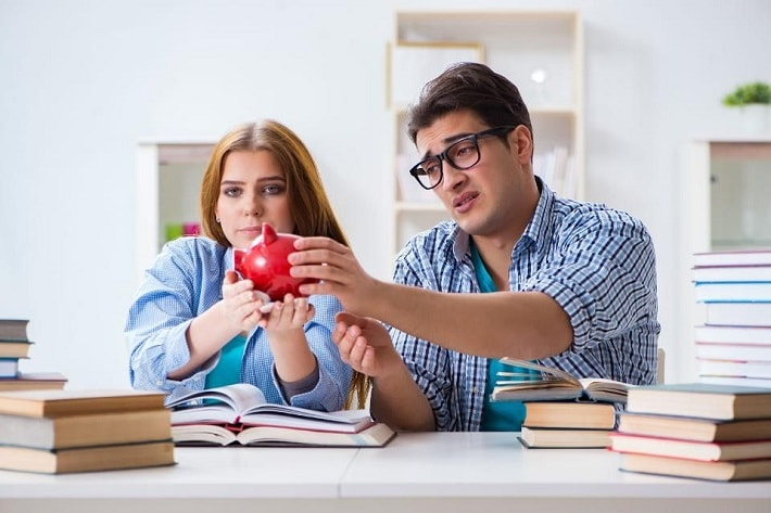 take out a loan for living expenses