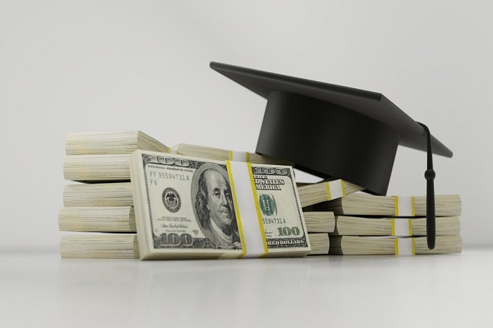 Common College Students Financial Scams and How to Avoid Them