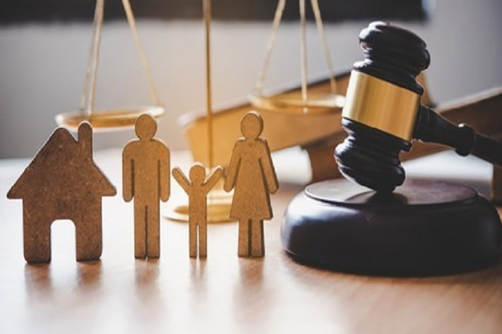 What do family law solicitors do